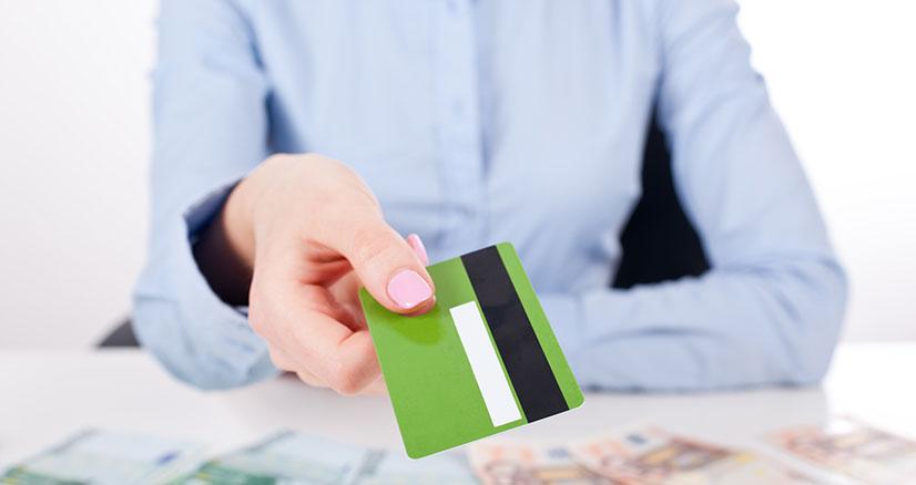 Кредит в банке без официального трудоустройства украина
